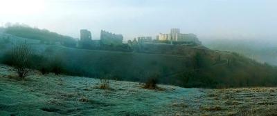 chateau-en-hive-et-brouillardr.jpg